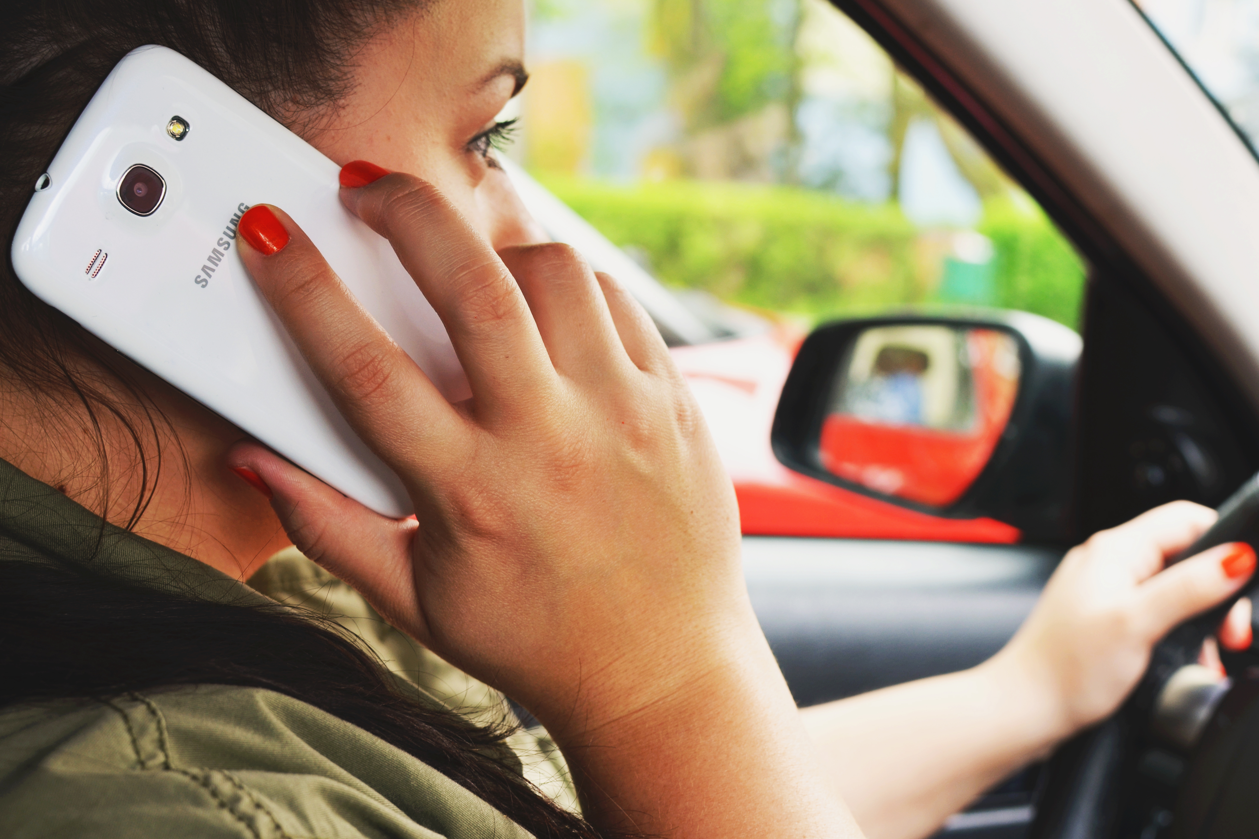 person-woman-smartphone-car